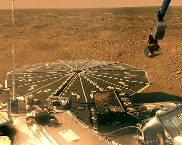 The Phoenix lander with the Martian Northern Plains in the backdrop